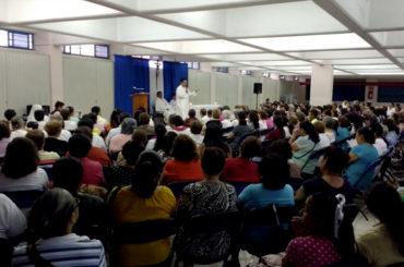 evangelizadores-de-tiempo-completo-etc-contribuye-a-la-formacion-de-catequistas-y-seminaristas-en-orizaba