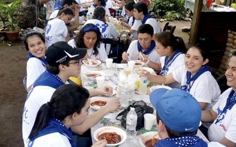 Jóvenes del RC y ETC juntos por la misión